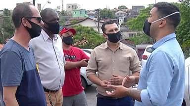 """Candidato à Prefeitura de Mogi das Cruzes, Caio Cunha visita Brás Cubas - Caio Cunha é da coligação """"Vamos ocupar a cidade"""", fez campanha no Distrito de Brás Cubas. Ele mostrou propostas para a mobilidade urbana."""