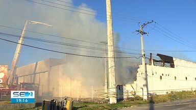 Incêndio atinge loja de decoração na Zona de Aracaju - Incêndio atinge loja de decoração na Zona de Aracaju.