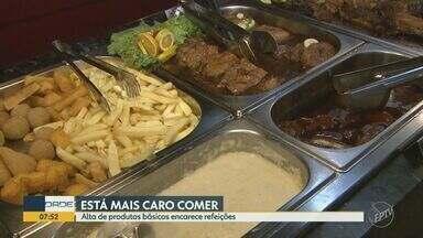 Alta de produtos básicos encarece refeições em São Carlos - Segundo último levantamento da Associação Paulista de Supermercados, arroz e óleo foram os produtos que o preço mais subiu em setembro. Tendência é que alta continue.