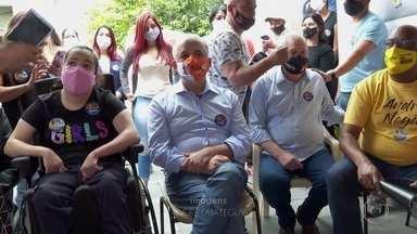 Márcio França fez campanha em Heliópolis - Candidato do PSB disse que, se eleito, vai reconstruir sede de projeto social na comunidade