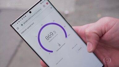 Revolução 5G: conheça a tecnologia que promete conexões ultra-rápidas de internet - O repórter Felipe Santana mostra como o Brasil e o mundo estão se preparando para implantar essa rede e explica por que o 5G virou o centro de uma disputa entre duas potências.