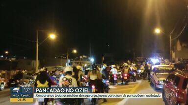 Jovens participam de pancadão no Parque Oziel, em Campinas - Apesar das recomendações e medidas de segurança, imagens mostram festas que aconteceram nas noites de sábado (24) e domingo (25), na Rua Bortoloto Vincentin.