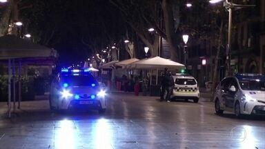 Covid-19: toque de recolher deixa ruas desertas na Espanha - Medida faz parte da emergência nacional decretada para conter segunda onda de contágio.
