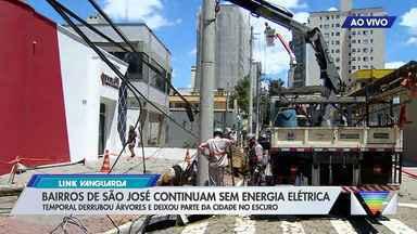 Trânsito continua interditado em bairros de São José que estão sem energia - Previsão é que tudo seja restabelecido no fim do dia.