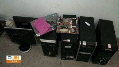 Projeto da Ufal promove reciclagem de computadores para ajudar alunos que precisam estudar - Iniciativa partiu de estudantes e professores do Instituto de Computação da Ufal.