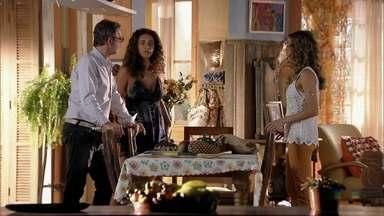Ester, Taís e Duque decidem procurar os tenentes - Eles decidem pedir ajuda para encontrar Cassiano