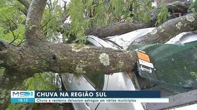 Chuva e ventania deixaram estragos em vários municípios de MS - Chuva e ventania deixaram estragos em vários municípios de MS