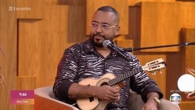 Fátima recebe Dudu Nobre no palco do 'Encontro' - Cantor comemora por poder participar do programa presencialmente