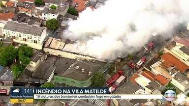 Incêndio atinge galpão na Vila Matilde - Perícia irá determinar a causa do início do fogo