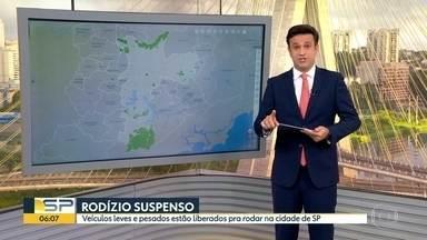 Rodízio de veículos está suspenso neste feriado em São Paulo - Veículos com placas final 1 e 2 podem circular nesta segunda-feira.
