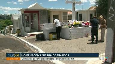 Cemitérios de Francisco Beltrão ficam abertos durante todo o dia neste Dia de Finados - Em Pato Branco, os cemitérios ficam abertos até as 19h.