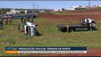 Perseguição policial termina em morte em Maringá - Suspeito perdeu o controle da direção e capotou na Avenida Morangueira.