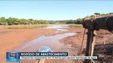 No Oeste, Chapecó faz rodízio de abastecimento de água por causa da falta de chuvas - No Oeste, Chapecó faz rodízio de abastecimento de água por causa da falta de chuvas