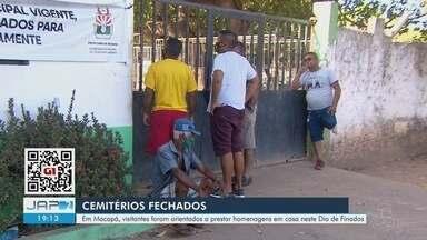 Com cemitérios fechados em Macapá, visitantes foram orientados a prestar homenagem em casa - Com cemitérios fechados em Macapá, visitantes foram orientados a prestar homenagem em casa