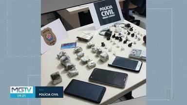 Casal é preso suspeito de tráfico de drogas em Unaí - Policiais apreenderam maconha e cocaína.