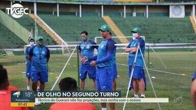 Técnico do Guarani não faz projeções, mas sonha com o acesso no campeonato - Felipe Conceição já foi assediado por outras equipes para deixar o clube, mas resiste no Guarani.