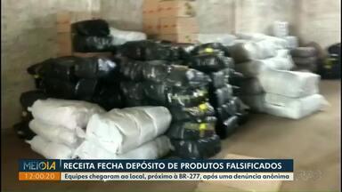 Receita Federal fecha depósito de produtos falsificados em Foz do Iguaçu - Equipes chegaram ao local, próximo à BR-277, após uma denúncia anônima.