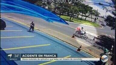 Motociclista morre depois de bater em traseira de caminhão em Franca, SP - Jovem de 29 anos ficou internado durante 26 dias na Santa Casa de Franca (SP).