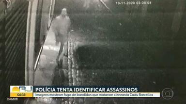 Delegacia de Homicídios tenta identificar criminosos que mataram o cineasta Cadu Barcellos - Imagens mostram os bandidos correndo por uma rua do Centro do Rio, por volta das três da madrugada do dia dez, quando o cineasta foi morto a facadas.