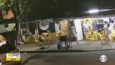 Juiz aceita denúncia e policiais envolvidos em tiroteio em bar com três mortes viram réus - Caso aconteceu no bairro de Boa Viagem, na Zona Sul do Recife.