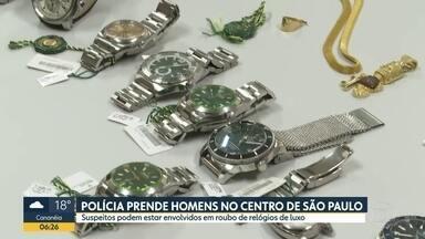 Polícia de SP prende quatro homens suspeitos de roubo a joalheria no interior do estado - Grupo foi detido no Centro de SP na noite desta terça (17).