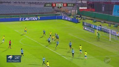 Brasil vence o Uruguai e se mantém na primeira colocação das eliminatórias - Veja os principais lances da partida.