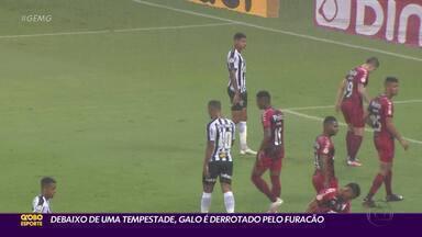 Debaixo de uma tempestade, Galo é derrotado pelo Athletico-PR, no Mineirão - Debaixo de uma tempestade, Galo é derrotado pelo Athletico-PR, no Mineirão