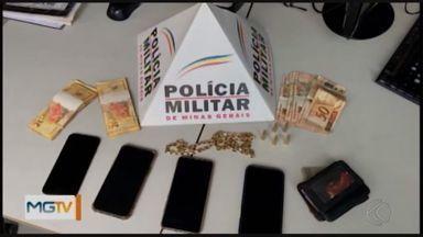 Suspeito de ataque a banco em Uberaba é preso em Capitólio - Rapaz de 27 anos é suspeito de ter participado do assalto ao Banco do Brasil em julho do ano passado. Segundo a PM, ele estava hospedado em condomínio de alto padrão.
