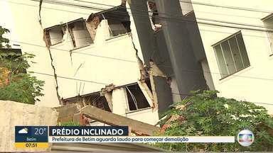 Prefeitura de Betim aguarda laudo para demolir prédio inclinado - Custo da obra deve ser de R$250 mil.
