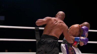 Mike Tyson x Roy Jones Jr. pelo peso-pesado do boxe internacional - Mike Tyson x Roy Jones Jr. pelo peso-pesado do boxe internacional