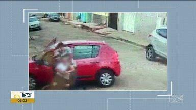 Insegurança afeta vida dos moradores do Cohatrac em São Luís - Os flagrantes de assalto são constantes e registrados pelas câmeras de segurança dos próprios moradores.