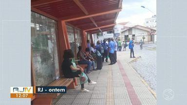 Motoristas da Viação Penedo encerram paralisação em Resende - Os passageiros já conseguiram utilizar os transportes públicos na manhã desta quinta-feira.