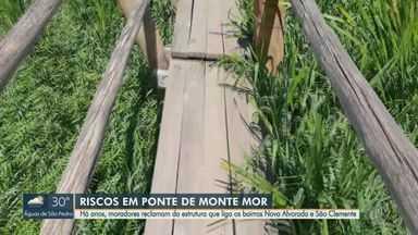Moradores se arriscam para atravessar ponte com estrutura precária em Monte Mor - Passagem, que liga os bairros Nova Alvorada e São Clemente, está despencando e tem madeiras e pregos soltos. Precariedade ocorre há pelo menos três anos.