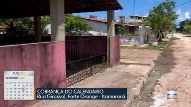 Problema de esgoto escorrendo em rua do Forte Orange, em Itamaracá, é resolvido - Moradores da Rua Girassol reclamava de mau-cheiro e água suja acumulada.