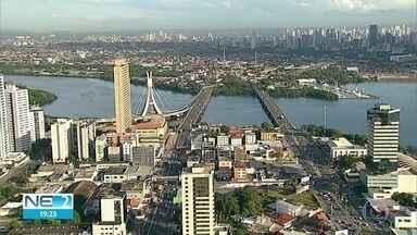 Com dois anos de atraso, Plano Diretor do Recife é aprovado em primeira votação - Nove dos 39 vereadores faltaram à sessão, que durou sete horas.