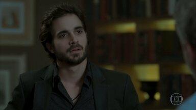 Ruy discute com Eugênio por causa de Irene - Mira fica apreensiva com as desconfianças de Dantas