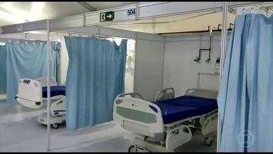 Mesmo com fila por leitos, hospital de campanha do Rio não recebe pacientes com Covid - Funcionários do Hospital de Campanha Riocentro denunciam que uma parte da unidade está sendo desmontada e nenhum paciente é recebido desde antes do natal.