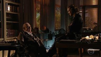 Alberto finge para Dionísio que aceitou a promoção de Hélio - Depois de pedir desculpas, ele diz entender as razões do avô