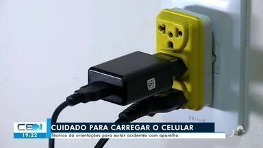 Técnico dá orientações para evitar acidentes com celulares e carregadores - Saiba mais em g1.com.br/ce
