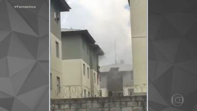 Mulher joga 3 crianças e se atira de prédio para escapar de incêndio em Curitiba - Uma família viveu momentos de pânico neste começo de ano. Uma avó jogou a neta e outras duas crianças pela janela -- e depois pulou do quarto andar para escapar de um incêndio na região metropolitana de Curitiba.