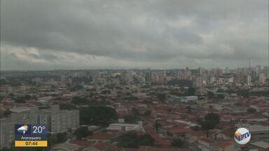 Veja como fica o tempo em São Carlos e outras cidades - A temperatura máxima deve chegar aos 31 graus.