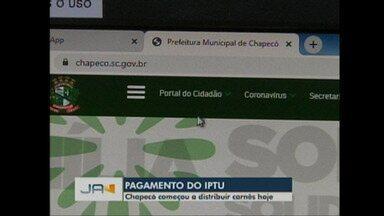 Prefeitura de Chapecó começou a distribuir carnês de pagamento do IPTU - Prefeitura de Chapecó começou a distribuir carnês de pagamento do IPTU