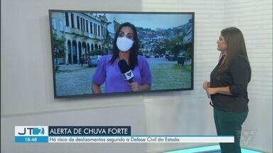 Defesa Civil do Estado alerta para riscos de deslizamentos em Santos - Há risco de chuva forte que pode causar deslizamentos.