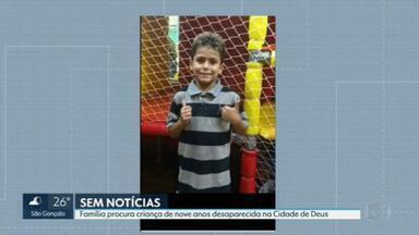 Família procura menino que despareceu na Cidade de Deus - Kevin de Jesus, de 9 anos, saiu de casa no domingo(17) de manhã e não voltou mais.