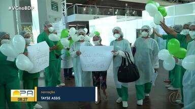 Idosa de 108 anos recebe alta do Hospital de Campanha do Hangar - Idosa venceu a doença.