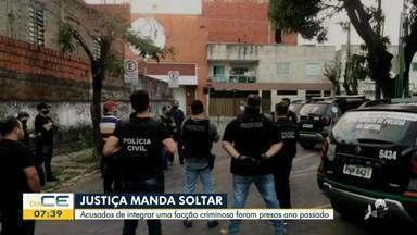Suspeitos de integrar facção criminosa em Fortaleza são soltos - Saiba mais no g1.com.br/ce