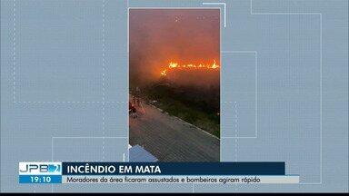 Incêndio no bairro de José Américo preocupa moradores - Bombeiros foram acionados três vezes ao longo do dia.