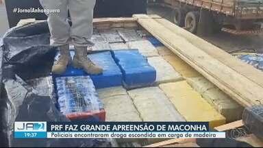 PRF apreende carga de maconha em Cristalina - Droga estava escondida em um carregamento de madeira.