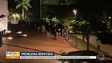 Guarda Municipal acaba com baile funk na Praça do Papa, em Belo Horizonte - Moradores do bairro Mangabeiras denunciaram uma aglomeração de pessoas na Praça do Papa, durante um baile funk. A Guarda Municipal foi chamada e acabou com a festa. Um homem tentou fugir, mas foi preso.