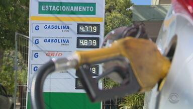 Preço do gás de cozinha, diesel e gasolina aumenta no RS - Aumento nos preços preocupa consumidores. Gasolina teve aumento de 8%, diesel de 6% e o gás de cozinha, 5%.